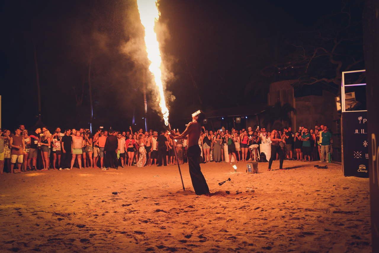 paradise_beach_phuket_thailand_full_moon_party_010