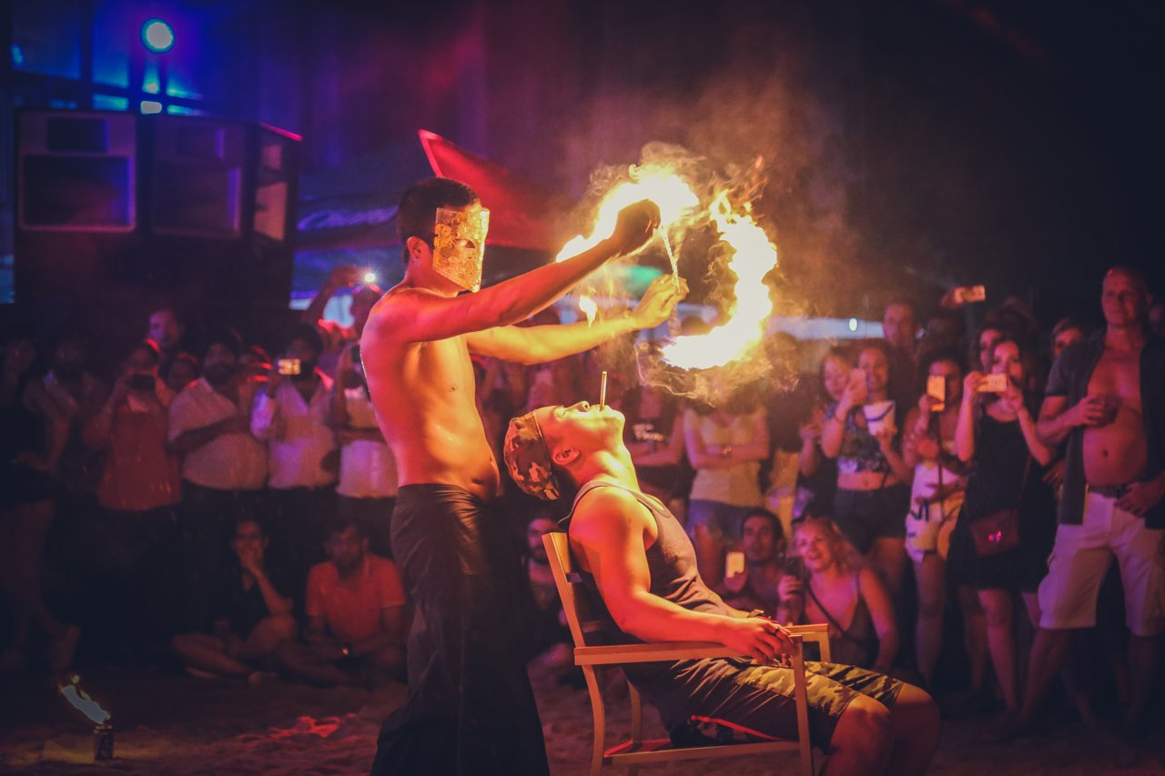 paradise_beach_phuket_thailand_full_moon_party_08